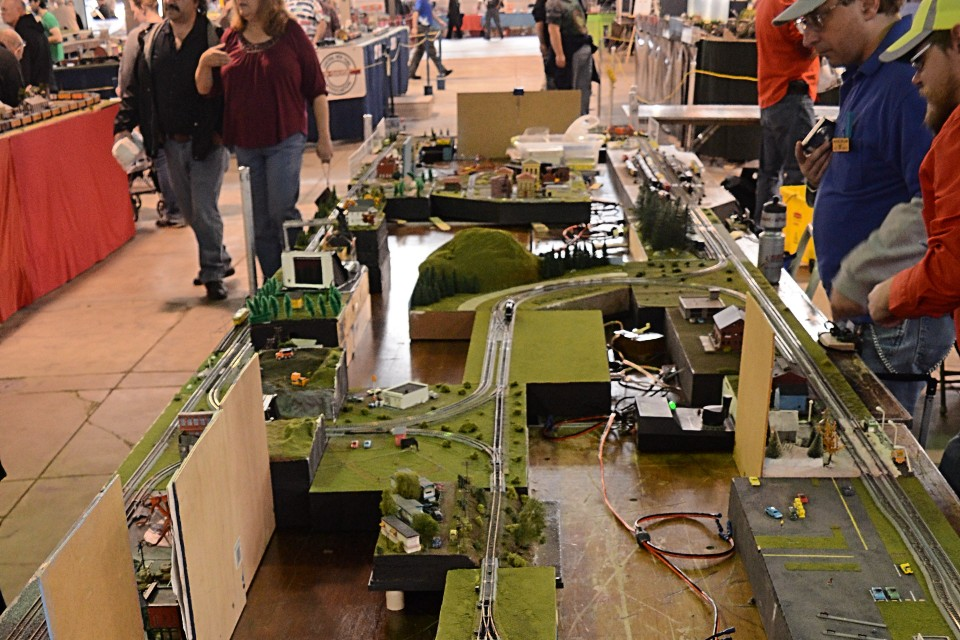 train show | Furniture Railroads